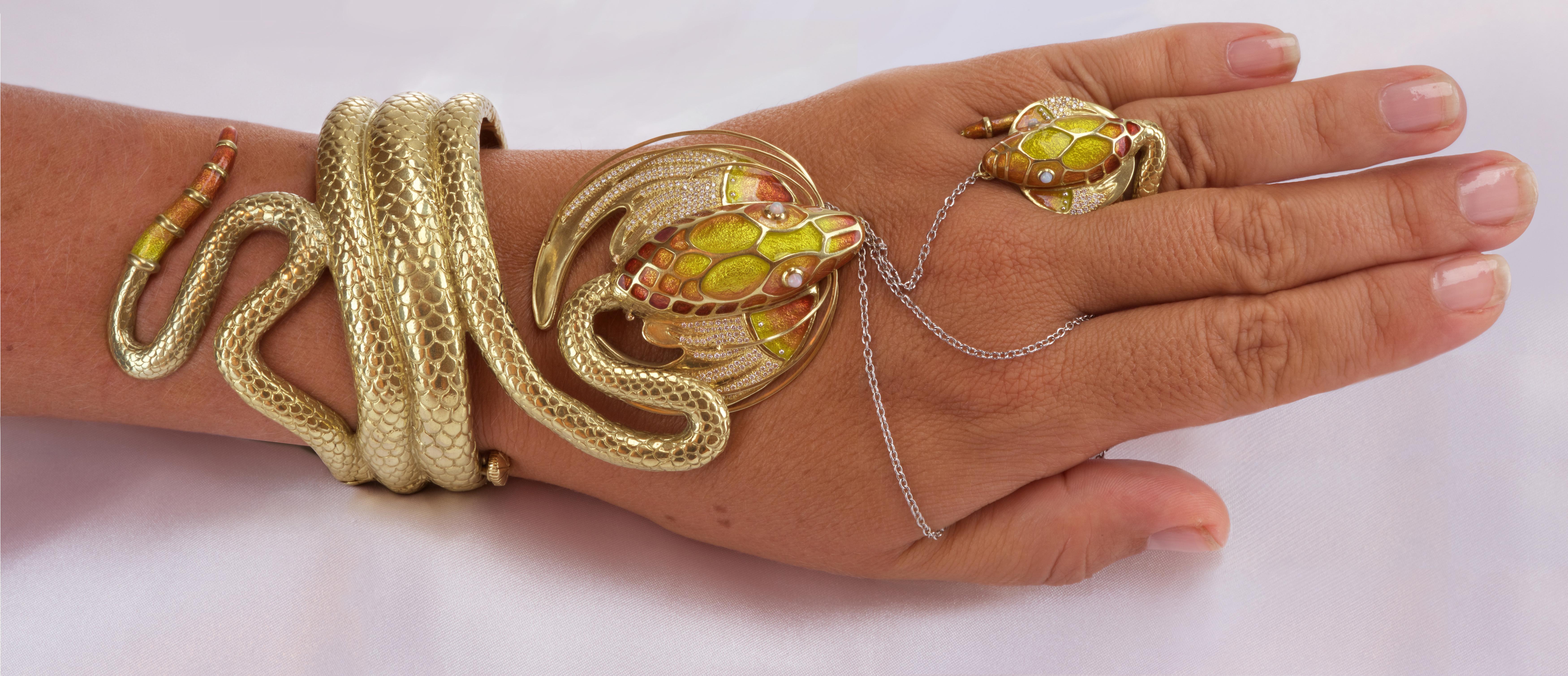 Designed after the Serpent of Sarah Bernhardt